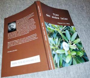 """Boka """"Tier der andre taler"""" av Sigmund Voll Ådnøy."""